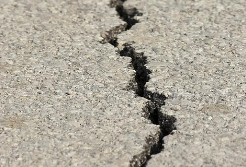 colmatage de fissure d'asphalte à boucherville